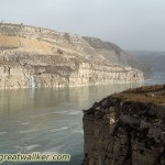 A dam further down allows the ice to freeze on the Yellow River in cold enough conditions.